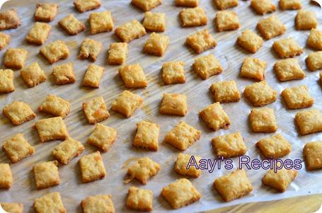 chaddar crackers6