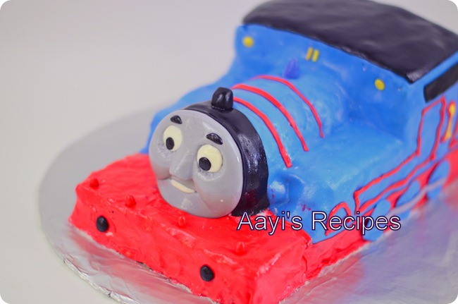thomas cake12