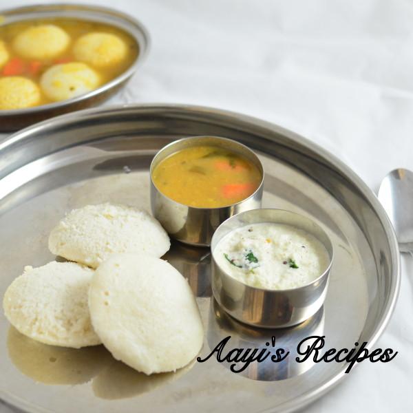Idli – sambar – chutney