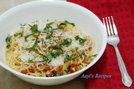 Roasted cherry tomatoes pasta