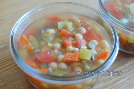 chickpeas-vegetable-soup.jpg