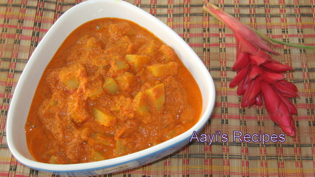 Potato in Coconut Curry (Batate Song) – No onion version