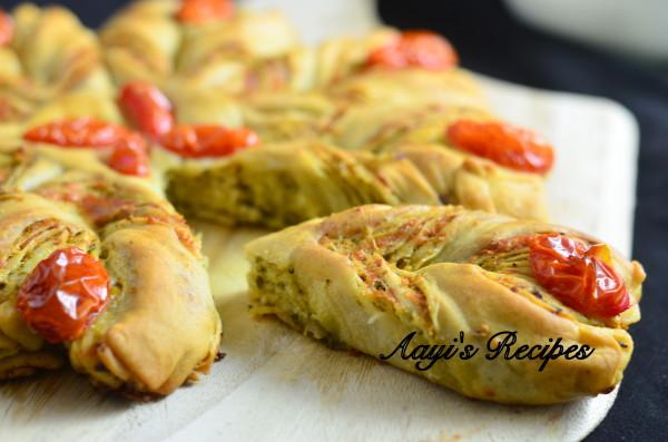 Pesto Filled Flower Shaped Bread16